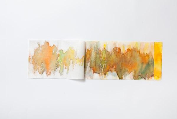 Source orange, encres couleur sur textile collé-plié, 15 x 32 cm
